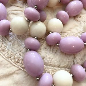 80s white and purple bead necklace